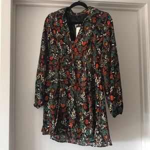 Floral Long Sleeve Romeo & Juliet Couture Dress
